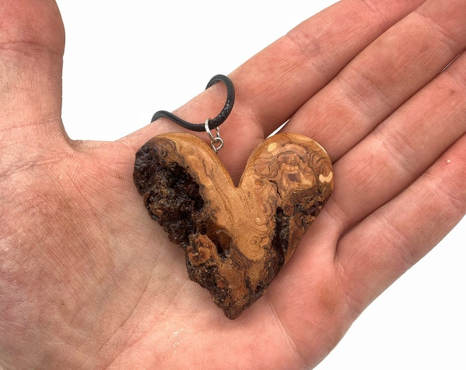 Heart Necklace, Wood Carving, Wooden Heart, Valentine's Day Gift, 5th Anniversary Wood, Unique Art, Wood Jewelry, Heart Jewelry