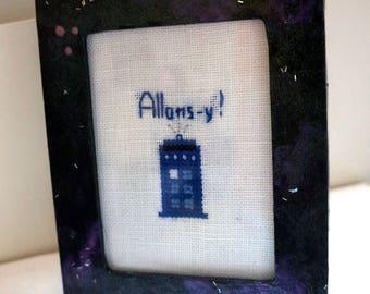 Let's go! TARDIS Cross Stitch