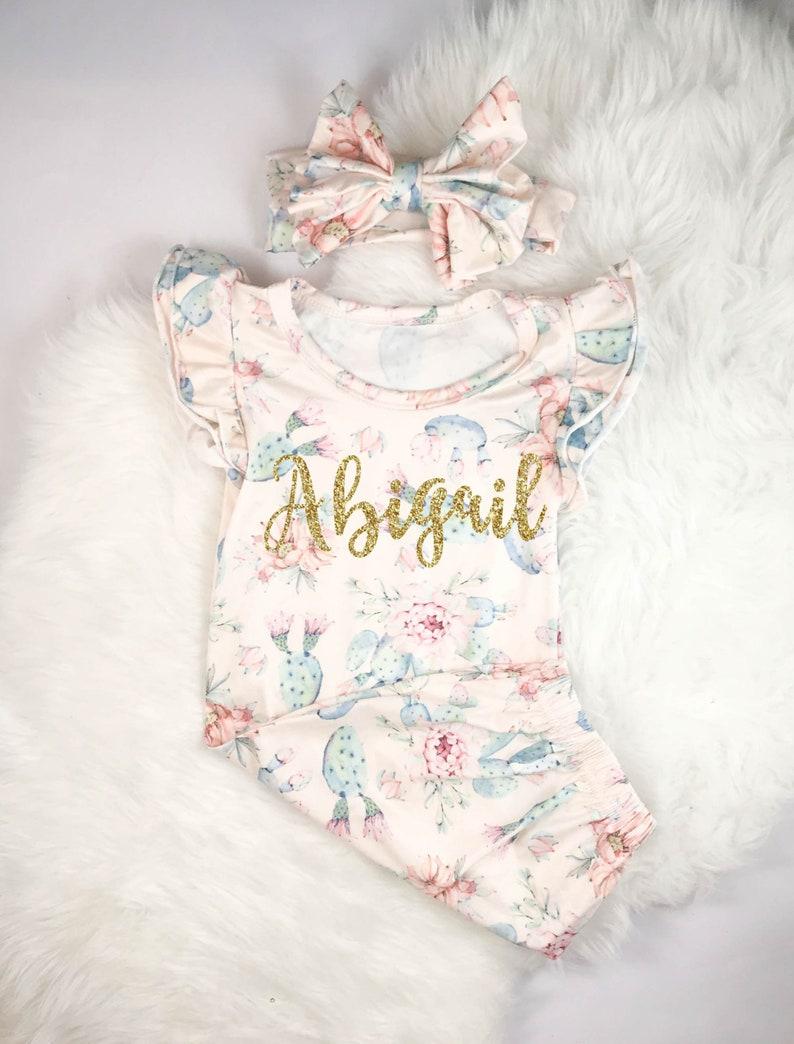 d10fa0defa410 Personnalisé naissance fille Coming Home tenue robe bébé fille