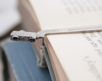 Bookmark, Metal Typewriter Gift for Reader Vintage Typewriter Unique Gifts, Letter Bookmark