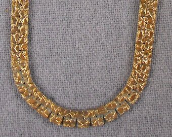 19 Inch Goldtone necklace