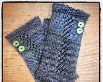 "Women's hand knit, fingerless gloves.  Lattice pattern, wristlets made of 100% superfine merino wool, lace panel. 7"" total length."