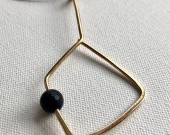 Geometrix with Onyx brass Pendant