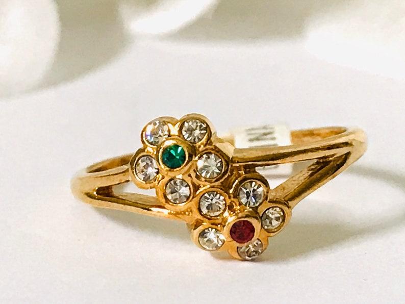 Size 8 Vintage Crystal Flower 14 KT Gold Electroplate Ring
