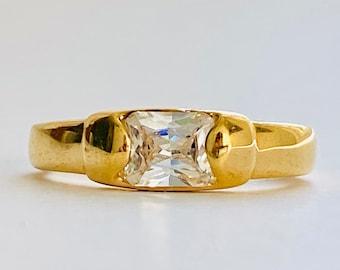 Vintage CZ Band Ring , Vintage Faux Diamond Ring, Vintage Channel Set Stone Ring, Vintage NOS Ring