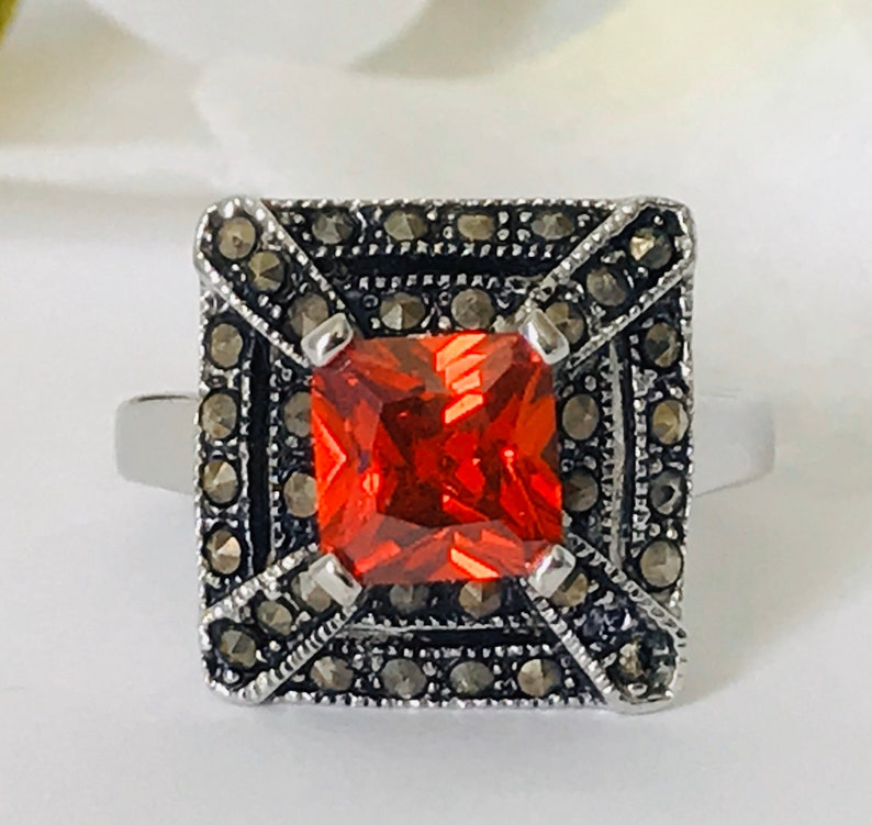Vintage Art Deco Style Silver Red Stone Marcasite Ring Size 7.5