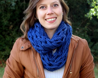 Infinity Scarf Knit - Knitted Infinity Scarf - Arm Knit Scarf - Hand Knit Scarf - Circle Scarf - Handmade Scarf - Blue Scarf