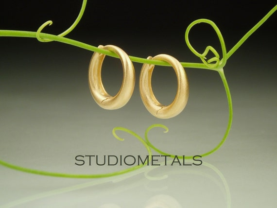Small Onyx Huggie Hoop Earrings Solid 14k Yellow Gold Huggies Round Black Tiny