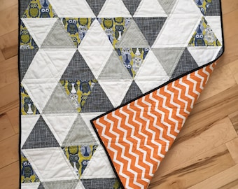 Modern Triangle Owl Baby Quilt