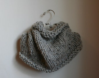 Chunky Knit Loop Cowl Infinity Scarf | the JAMES | in Grey Marble
