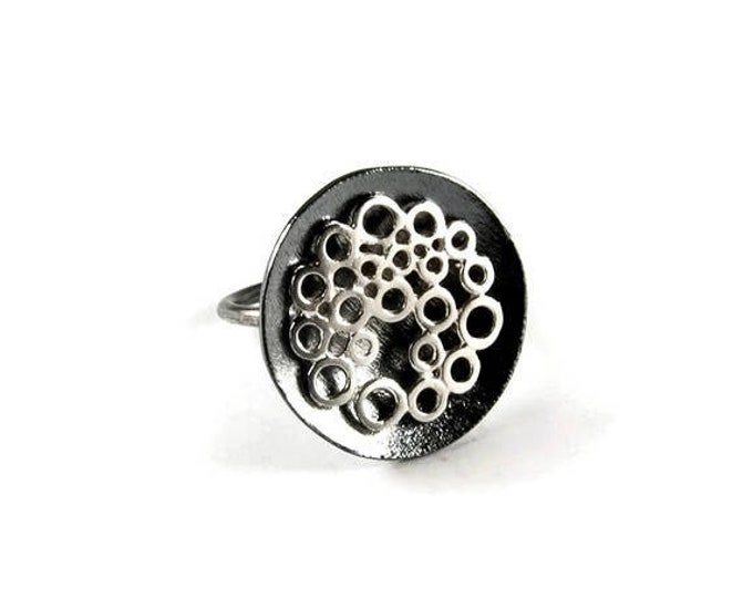 Bubbles Statement Ring