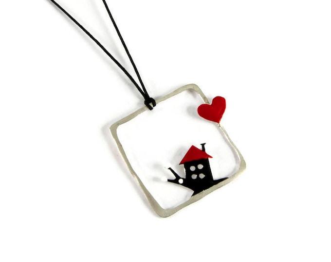Love Home Snail Romantic Pendant
