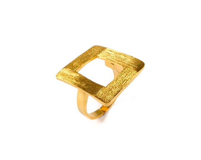 Chic Square Statement Ring