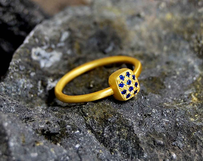 Starry Night 18K Yellow Gold Ring