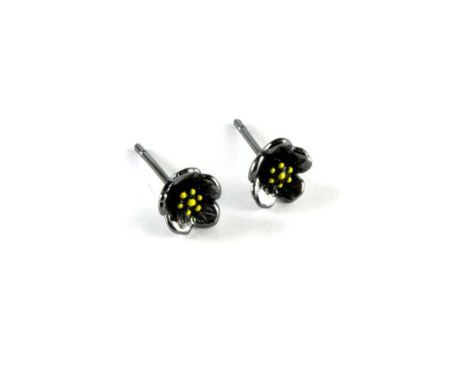 Tiny Flowers Studs Sterling Silver