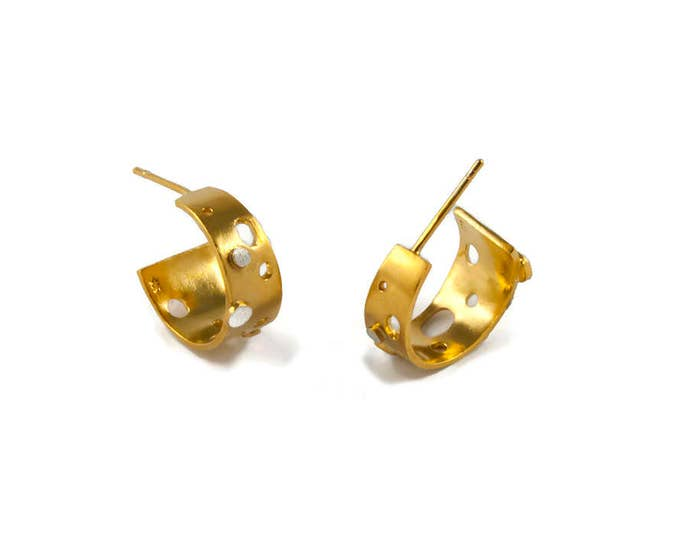 Modern Princess Gold Everyday Chic Hoops