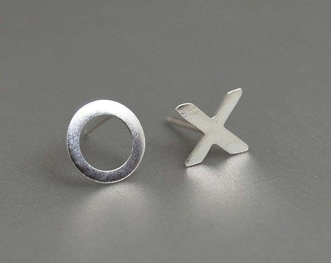 Hug Kisses xoxo studs mismatched earrings x o letters modern everyday accessories fresh sterling silver jewelry love affection gift for her