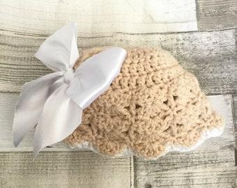 "Crochet Newborn baby hat (Circumference 14"")"