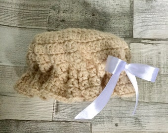 Crochet baby hat 0-3 months (old fashioned mop cap style)