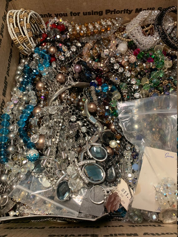 Vintage Jewelry fun lot! Costume Jewelry Lot, Vint