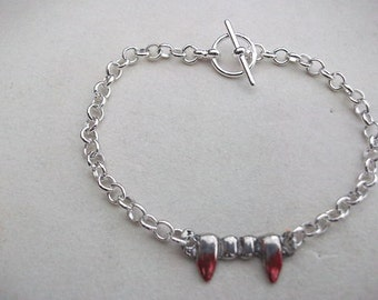 Vampire Teeth with Blood Bracelet