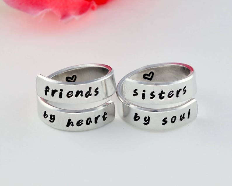f0c21f2913a44 friends by heart / sisters by soul - Hand Stamped Spiral Rings Set, Best  Sisters Gift, Sister Match Ring, Friendship, BFF Jewelry