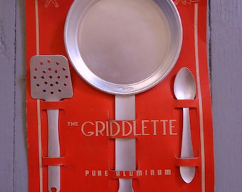 Vintage Children's Kitchen Set - The Griddlette