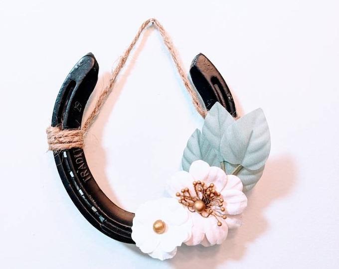 Reclaimed horseshoe decor
