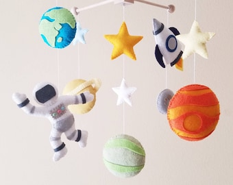 """Space mobile, Planet mobile, Spaceship mobile, Solar system nursery, Astronaut mobile, baby mobile, crib mobile,""""Space"""""""