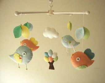 "Baby-Krippe Mobile, Mobile Vogel, Filz mobile, Kindergarten Mobile, Baby Mobile, ""Bird - Macaron"""
