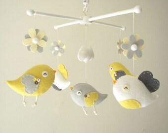 "Baby-Krippe Mobile, Vogel-Mobil, Filz mobile, Kindergarten Mobil, Baby-Mobil, ""Bird - gelb und grau"""