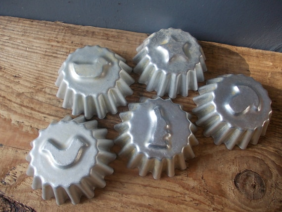 6 Baking ANIMAL Molds  Vintage Mold  Aluminum Cake Mold  Biscuit Mold  Made in USSR  Sea Shell