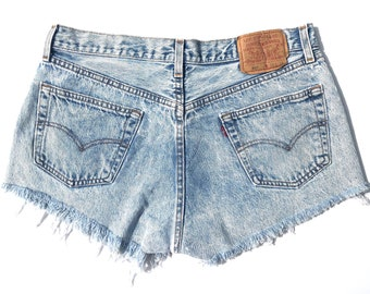 b993f8e297 Vintage 501 Button Fly Acid Wash Distressed Levis!