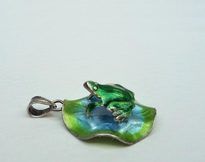 Frog on Lilypad Pendant or Charm, Vintage Silver & Enamel Jewellery