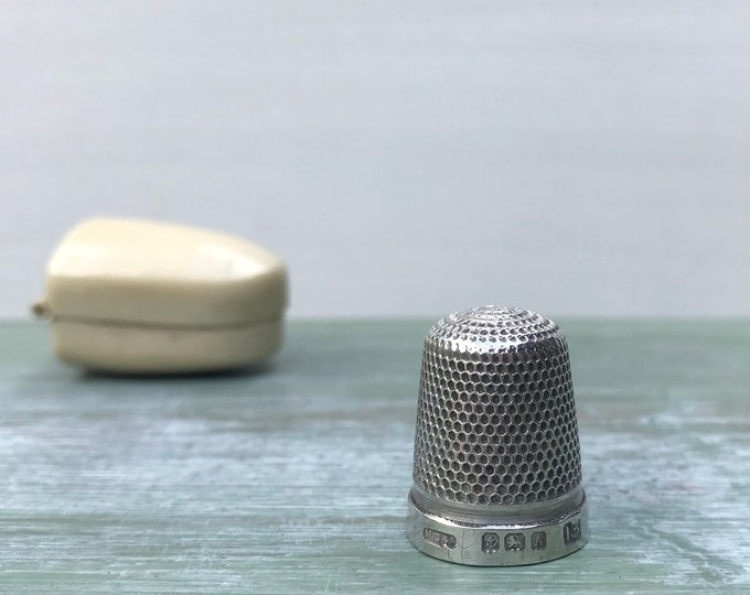 1925 Sterling Silver Thimble with Celluloid Case, Henry Griffith & Son
