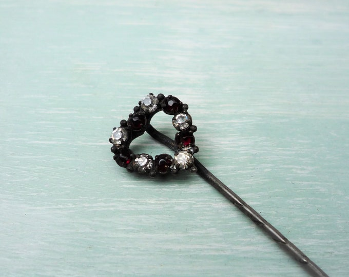 Antique Heart Stick Pin, Diamante Ruby Red and Clear Glass Diamante Small and Sparkly Brooch, Vintage Jewellery