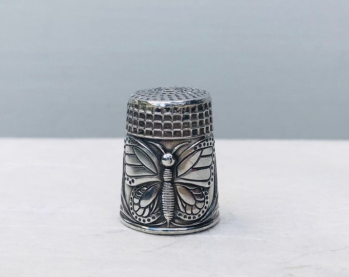 Vintage Sterling Silver Butterfly Floral Thimble Medium Size.