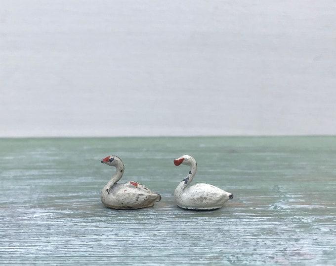 Vintage Miniature Lead Swans, Britain's Era Farm Figures