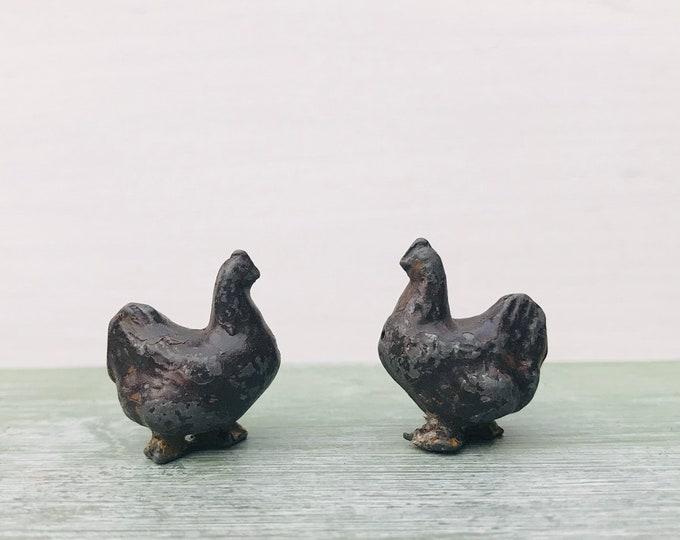 Vintage Miniature Brown Chickens, Britains Era Lead Farm Animal Figure