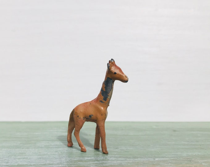 Vintage Miniature Lead Giraffe for Model Zoo or Toy for Dolls House