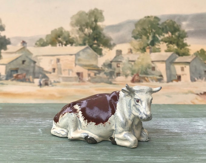 Britains Lead Farm Animals, Vintage Miniature Brown & White Cow Lying