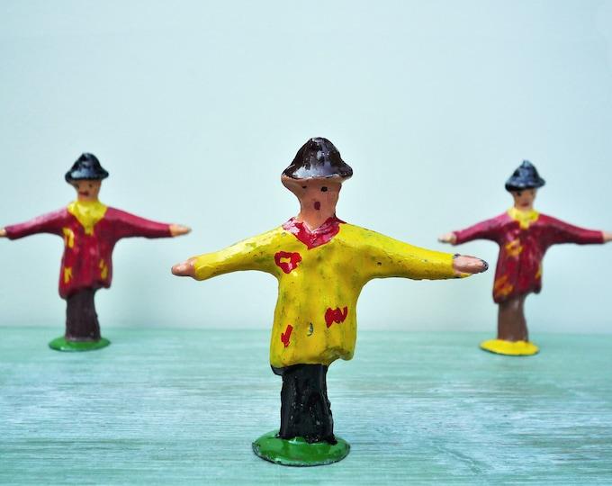 Vintage Benbros Lead Farm Garden Miniature Scarecrow Model Figure NOS