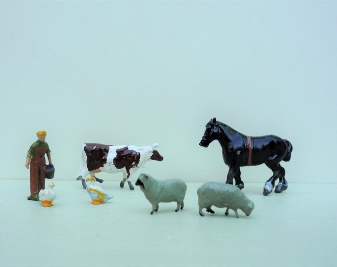 Britains Lilliput World L1 Miniature Lead Farm Animals & Lady Farmer