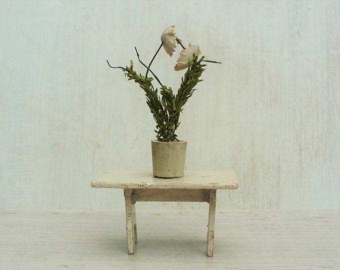 Antique Erzgebirge Dolls House Wood Furniture, Miniature Table & Plant