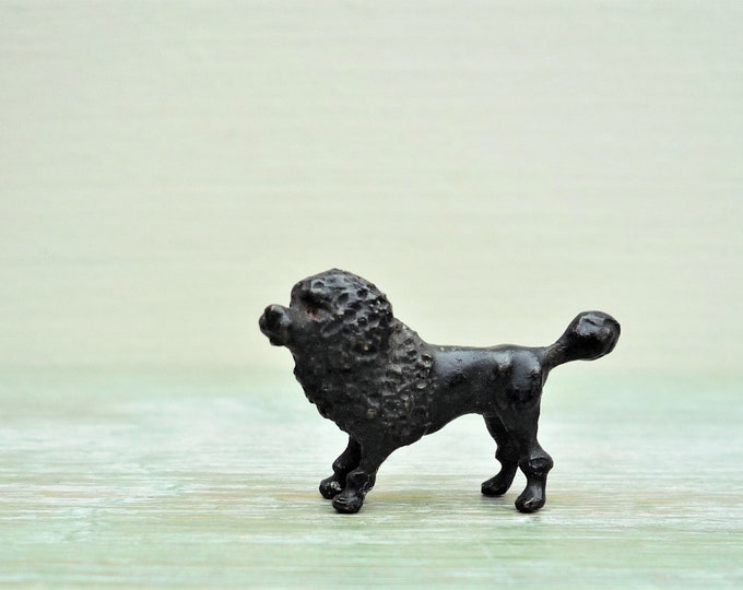 Cold Painted Tiny Poodle Dog, 1/2 inch Vienna Bronze / Heyde Miniature