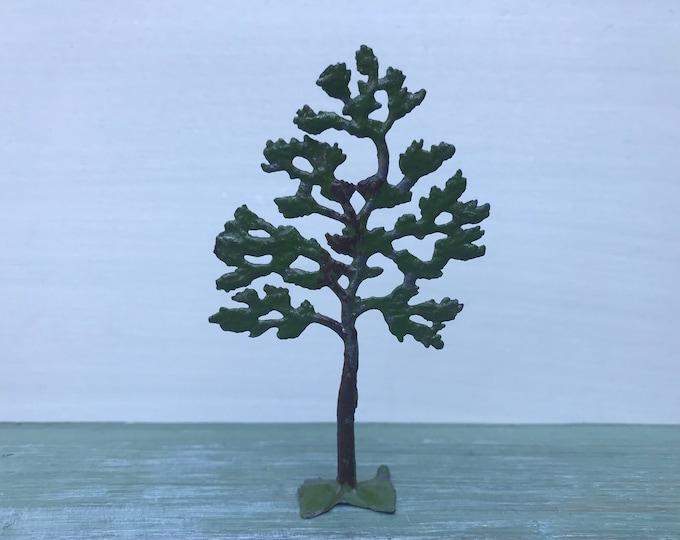 Britain's Lead Small Tree 640, Vintage Model Farm or Garden Accessory