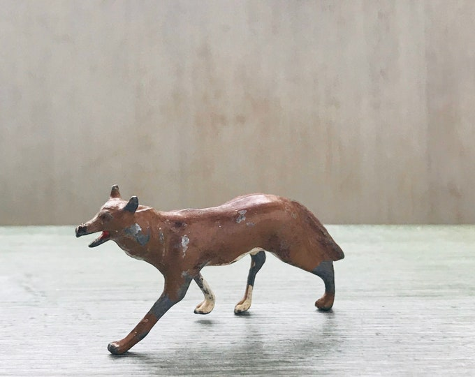 Vintage Britains Zoo Series, Miniature Wolf, Wild Animal Figure 955