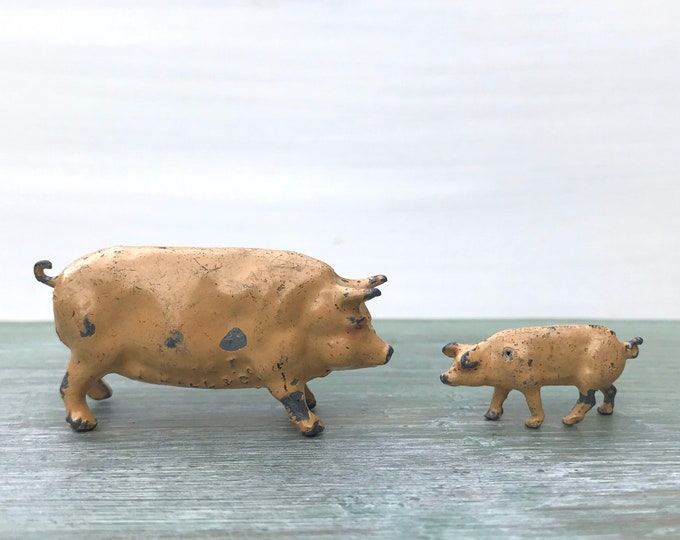 Vintage JoHill Lead Animals, Miniature Pig & Piglet Britains Era Farm
