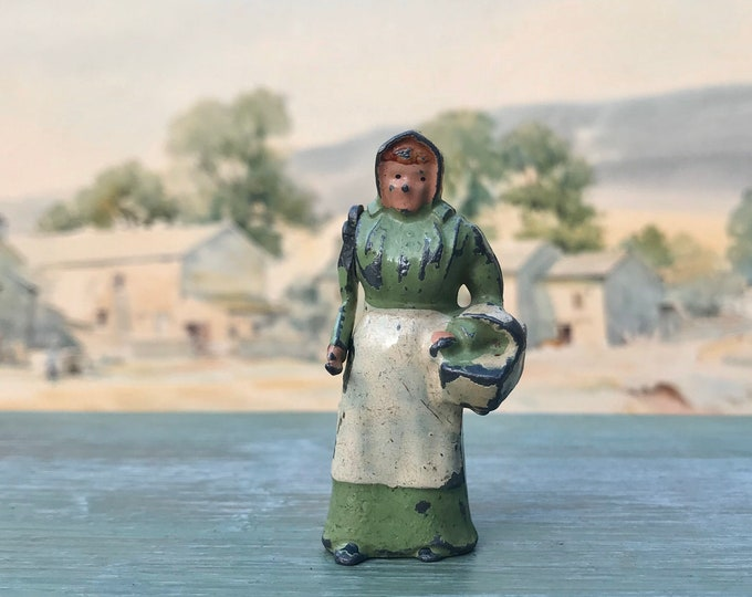 Vintage Britain's Lead Farm, Miniature Farmer's Wife & Basket ref 502
