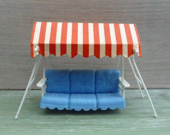 Vintage Britain's Floral Garden Swing Couch Seat, Dolls House Miniature Furniture